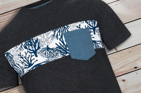 Pocket_T-Shirt_Coral_Allover_Men_wood-pic