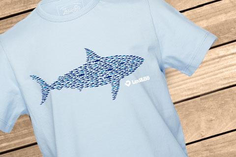 Smart_Fishes_Boys_Azure_Blue01_WoodBG