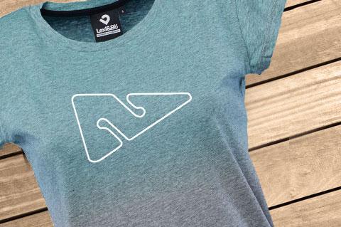 Dip_Dye-_VitaminSea_Women-T-Shirt